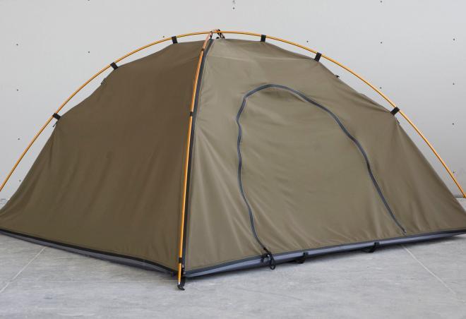 コートがテントになります