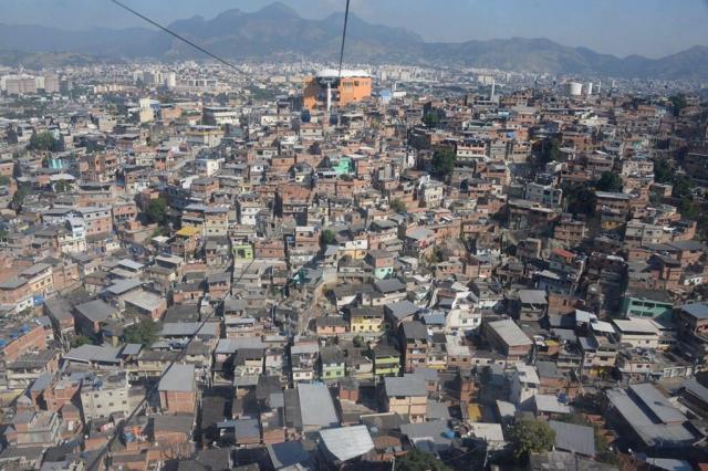 ロープウェーから眺めるリオデジャネイロの街並み