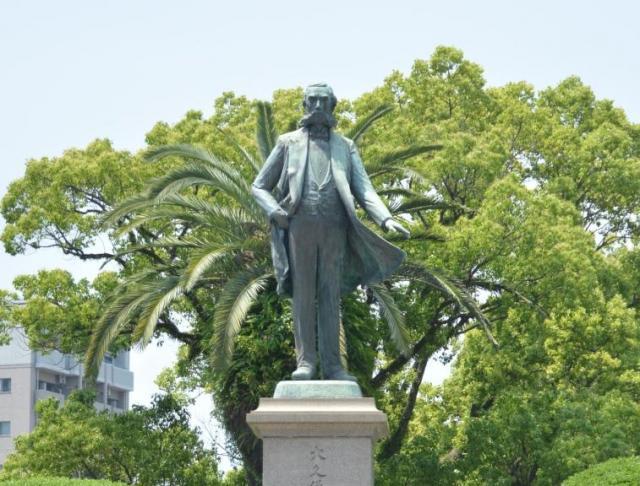 大久保利通の銅像=鹿児島市