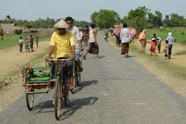 ミャンマーの「サイカー」