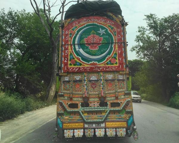 パキスタンのトラック