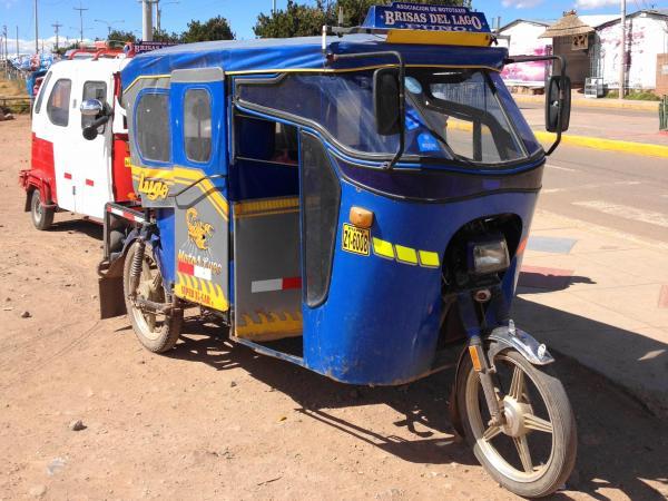 ペルーのモトタクシー