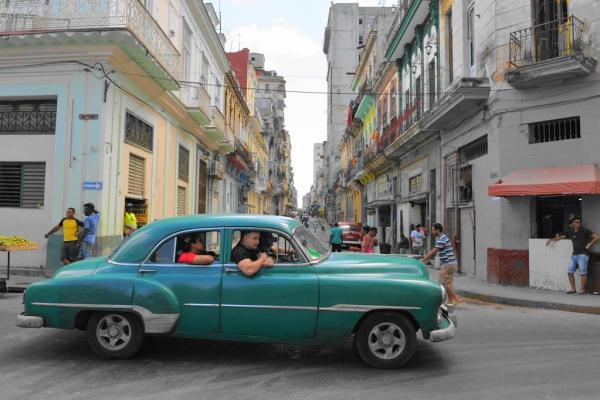 キューバのタクシー