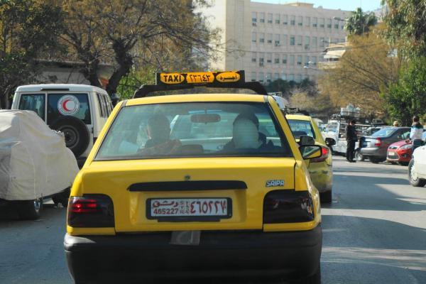 シリアのタクシー