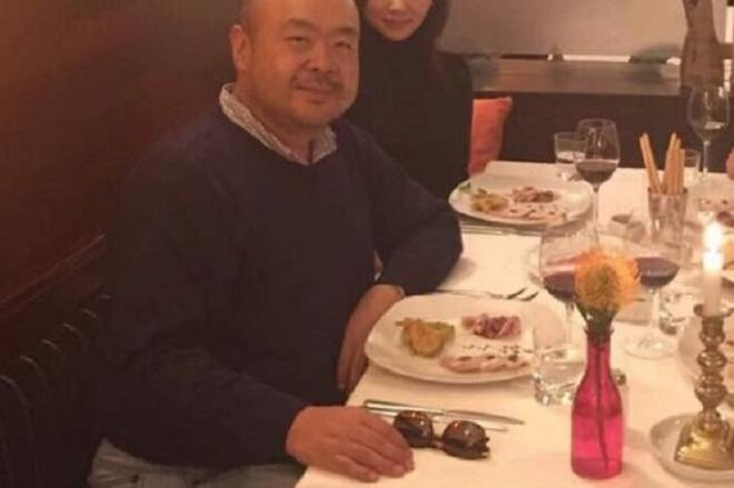 2015年にドイツのミュンヘンで食事する金正男氏=関係者提供
