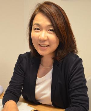 一般社団法人「MoLive(モリーヴ)」代表の永森咲希さん。「卒業生の会」のほか、「妊活・不妊治療からの卒業(終結)を考える会」、流産を経験した人が参加する「天使を思う会」という茶話会を開いている