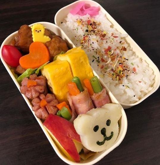 高田さんが、学校で社会科見学に行く娘のために作ったお弁当