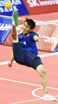 2014年アジア大会で、得点を決める日本代表の寺本進選手=竹花徹朗撮影