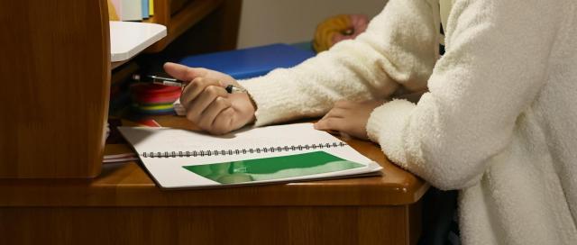 中1の頃は、家でテストを受けることもあったという(写真はイメージ)