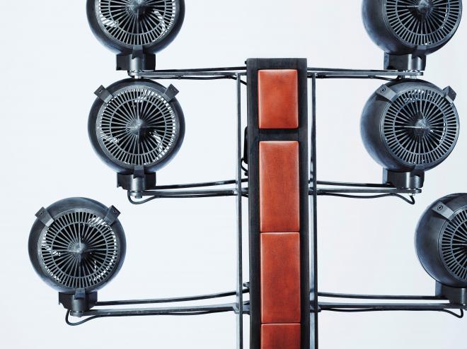 「先輩風壱号」には全部で6個の扇風機が付いています