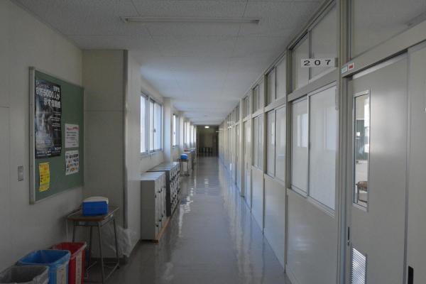 高校の廊下