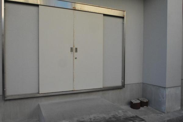 体育館の入り口