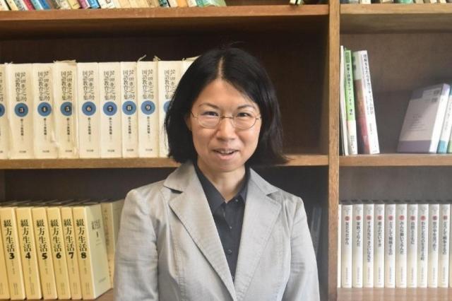 川地亜弥子(かわじ・あやこ) 1974年生まれ。神戸大大学院人間発達環境学研究科准教授(教育方法学)。主な研究テーマは生活綴方。論文に「多様な子どもたちをつなぐ生活綴方の今日的展開」(日本教育方法学会編『教育方法42 教師の専門的力量と教育実践の課題』図書文化 所収)など。