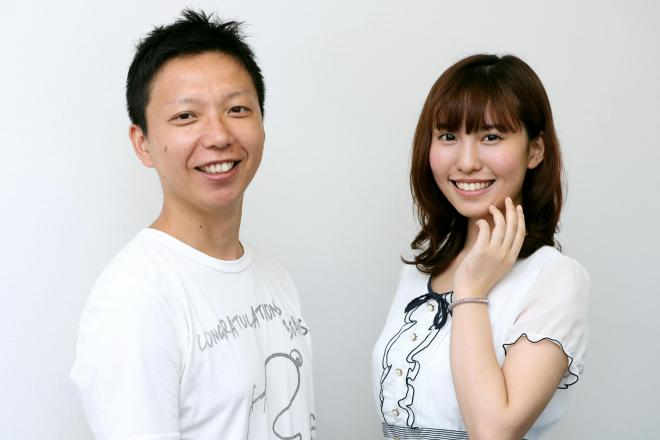 内藤瑛亮さん(左)と春名風花さん=東京都渋谷区、池永牧子撮影