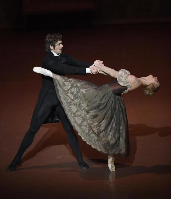 オネーギン、シュツットガルトバレエ団、photo  Stuttgart Ballet
