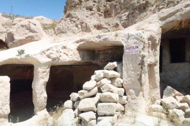 カッパドキアで売り出し中の洞窟