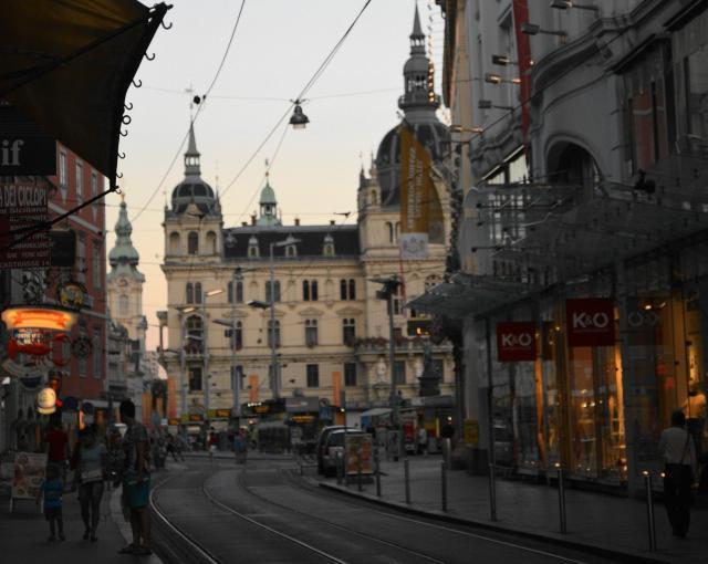 暮れなずむグラーツの街