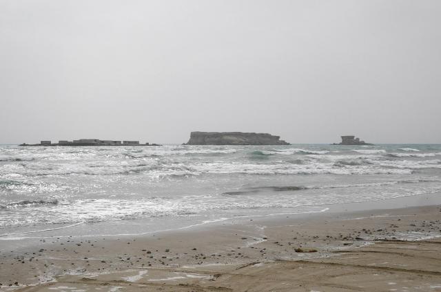 ゲシュム島に隣接するラーズ島