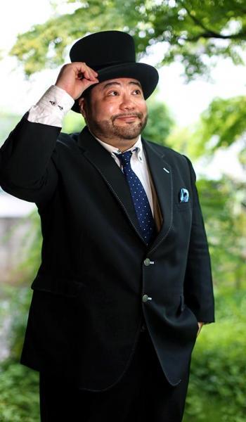 中学2年からおよそ6年間、引きこもりを経験した髭男爵・山田ルイ53世=飯塚悟撮影