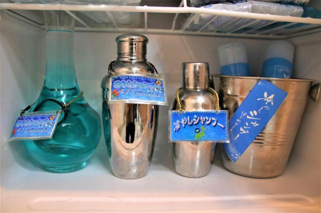 シャンプーを冷酒用のグラスに入れるなど、店ごとに様々な工夫をしているそうです