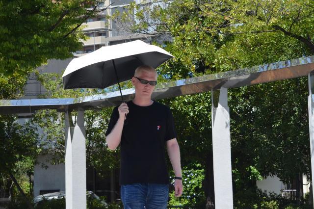日焼けしやすいため、矢吹さんは日傘を愛用している