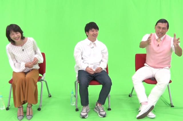 田中美佐子さん(左)をゲストに迎え、総合司会としてスタジオの進行も担当した春日さん(右)=テレビ東京