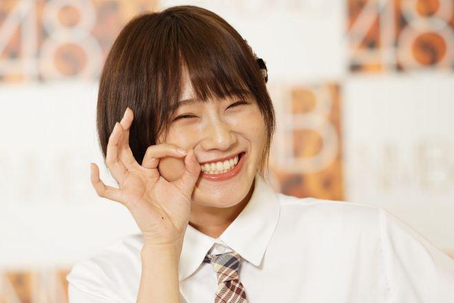 NMB48の人気メンバーで、「自称人見知り」の城恵理子さん
