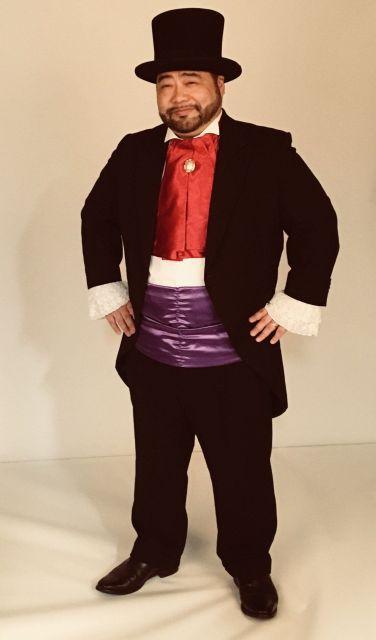 髭男爵としての衣装