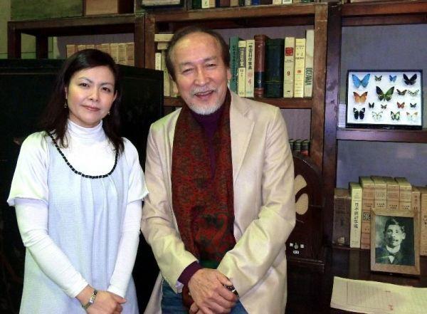 村井国夫さん(右)と井上麻矢さん