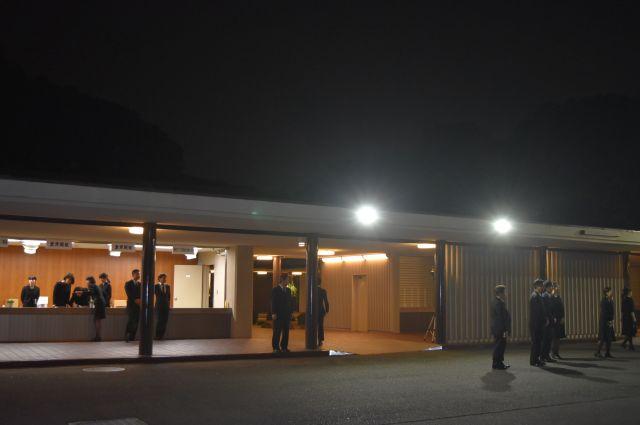 石塚運昇さんのお別れの会が開かれた青山葬儀所