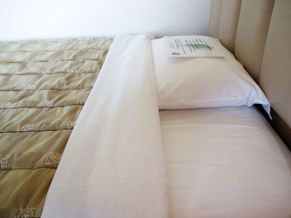 スプレッドスタイルのベッド