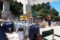 東野記者が訪れた西日本豪雨の被災地・広島県坂町小屋浦4丁目。交通の便が悪く、作業用具はそろっているが、肝心のボランティアがなかなか集まらなかった=7月23日