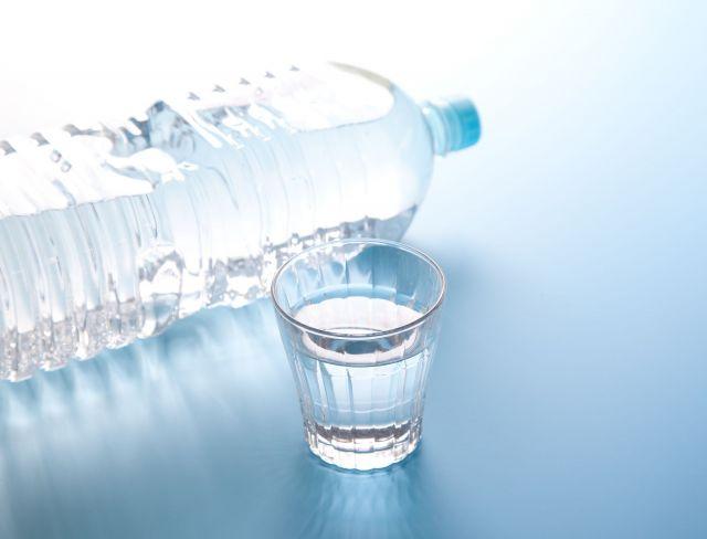 薄まった状態で飲むのが経口補水液 ※画像はイメージです