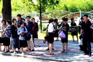 北朝鮮で見た「あり得ない光景」それってスマホ? 電気自動車まで!