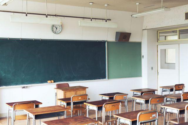 有名私立中高一貫校に入学しましたが、しばらくすると登校できなくなりました(画像はイメージです)