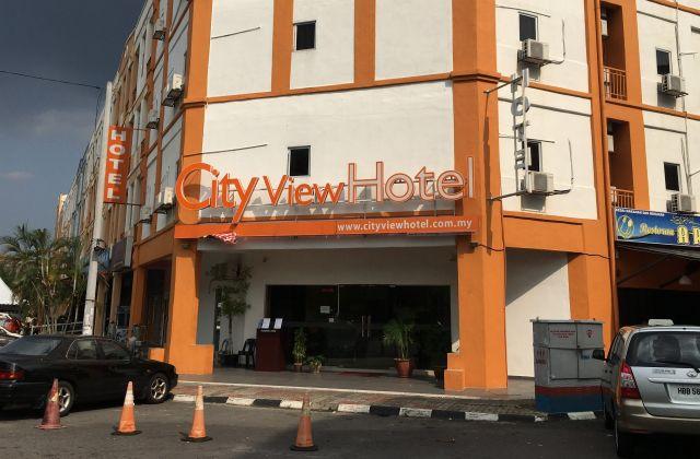 フォンが事件当日まで泊まっていたマレーシアの空港近くのホテル=乗京真知撮影