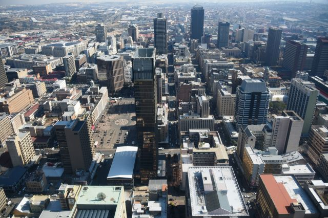 南アフリカのヨハネスブルク中心部の街並み=2018年6月12日、石原孝撮影