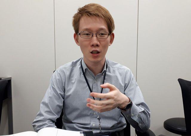 タンザニアでの体験を話す伊藤さん。今は、JICA職員として、途上国支援のため働いています