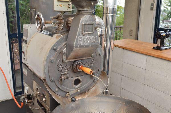 5キロのコーヒー豆を焙煎できる焙煎機