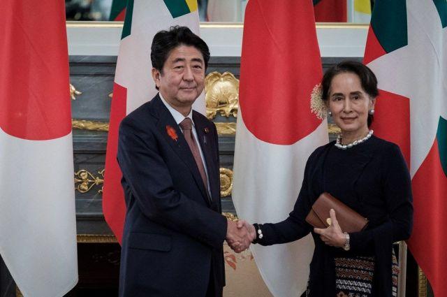 10月、日メコン首脳会議で来日したアウンサンスーチー国家顧問に、安倍首相はロイター通信の裁判に「日本が関心を持っている」と伝えたといいます