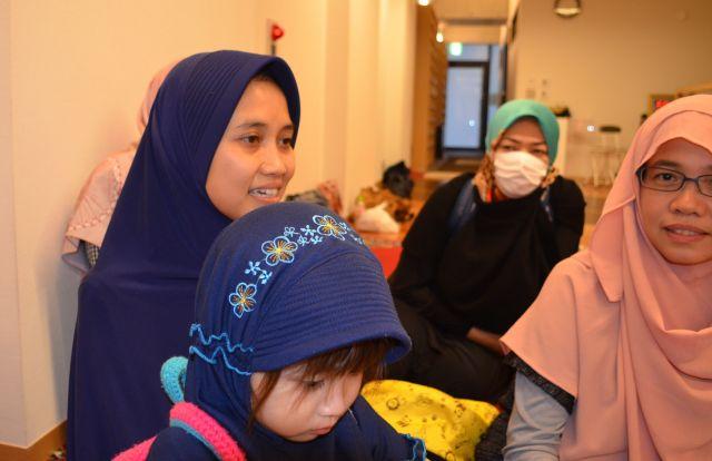 座談会に協力してくれたインドネシア人のムスリムママたち