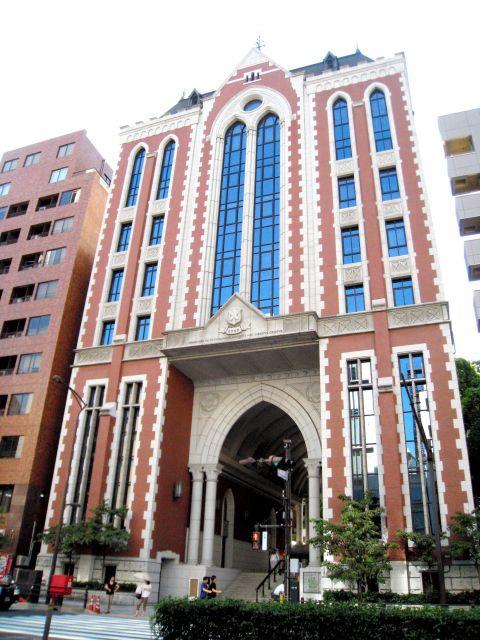 東京都港区の慶応大三田キャンパス