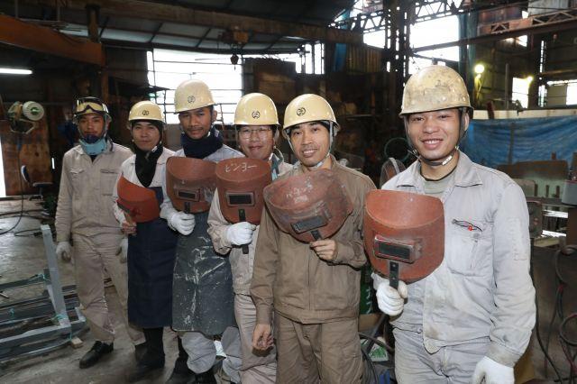因島にある別の造船会社で働く、タイ人の技能実習生たち