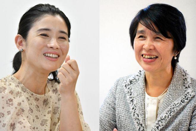 俳優の石田ひかりさん(左)が、「フードバンク山梨」理事長の米山けい子さんと、貧困の見えづらさを語らいました。