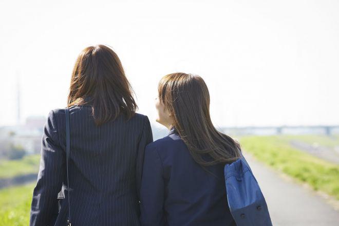 摂食障害と向き合っていくうえで、家族は大きな存在に(写真はイメージ=PIXTA)