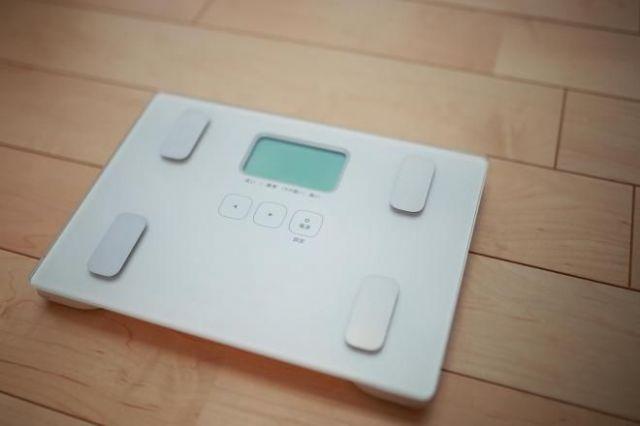 体重が減ると今度は「それを維持しなきゃ」と頭から離れなくなったという(写真はイメージ=PIXTA)