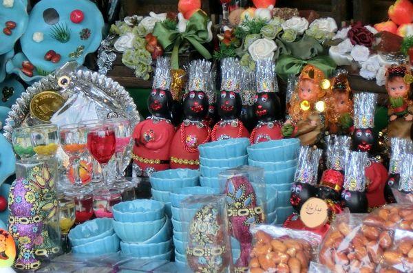 イランの正月の縁起物を売る店