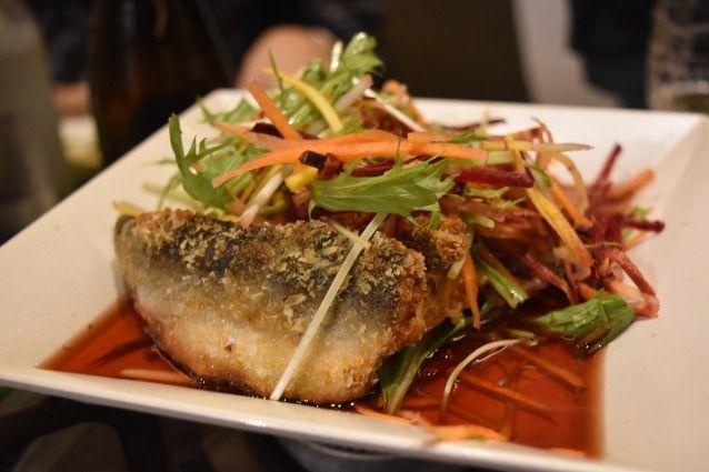 お別れ会では、三重県産の魚を食べながら、思い出を語り合った