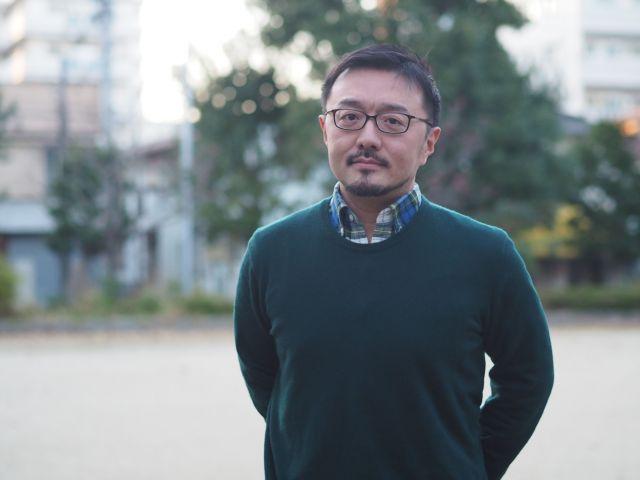 「自炊力」の著者・白央篤司さん。「ジャパめし。」や「にっぽんのおにぎり」など、郷土料理をテーマにした仕事が多い