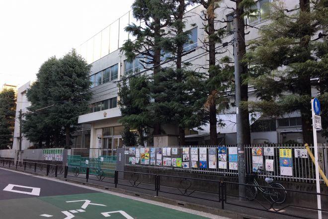 就学相談は、障害を持つ子の親にとって大きな課題という。写真は、文京区立柳町小学校。